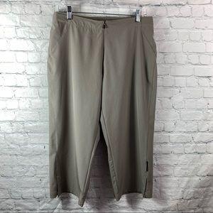 Sugoi Lightweight Crop Zip Front Active Pant